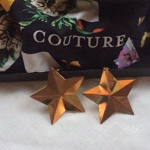 Jewelry - Fashion Star Gold tone dangling earrings NWT